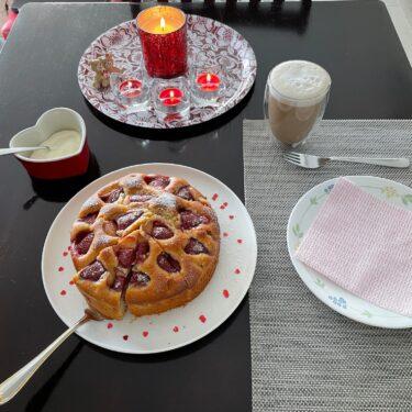 【道草日記】バレンタインデーのいちごケーキ。