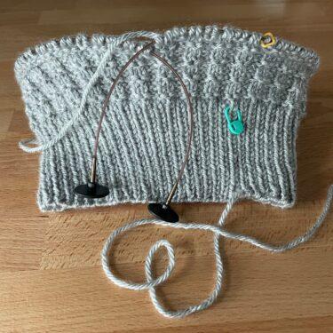 残り糸の消費にならない気がする編みもの。